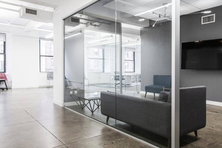 renting coworking office 530 seventh avenue