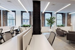 Luxury- Top Building - Office 2 / Hudson Square
