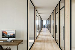 Luxury- Top Building - Office 5 / Hedge Fund