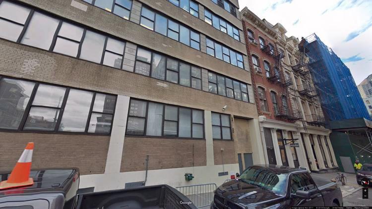 lease office 101 franklin street