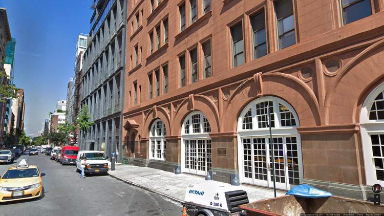 lease office 135 west 18th street