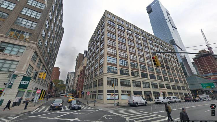 lease office 150 varick street