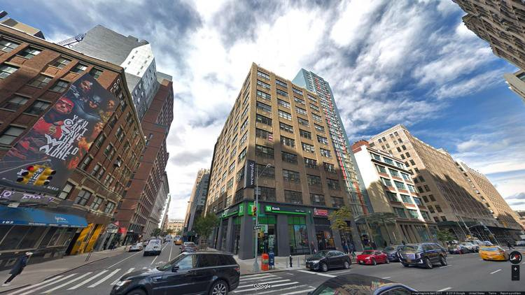 rent office 175 varick street