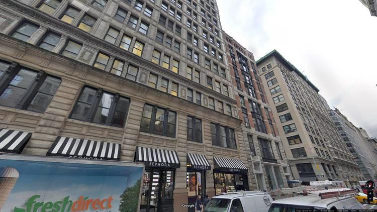 let office 200 park avenue south