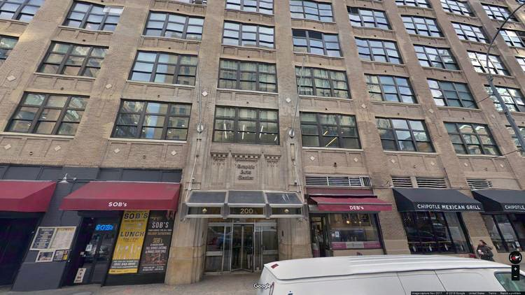 rent office 200 varick street