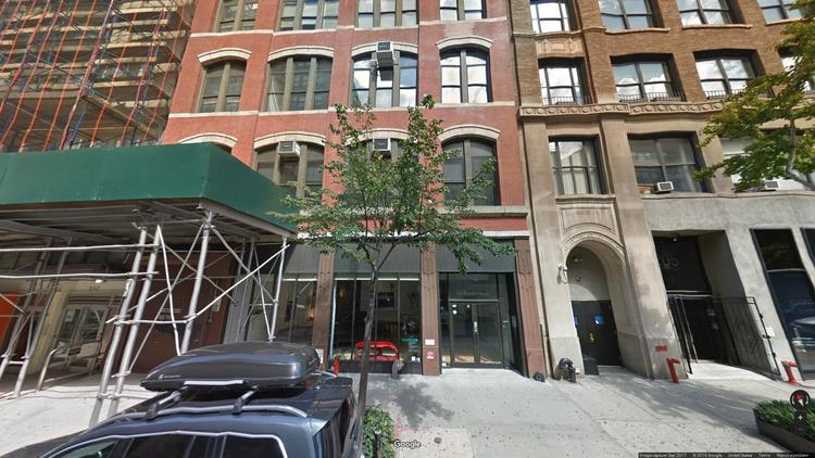 rent office 211 west 19th street