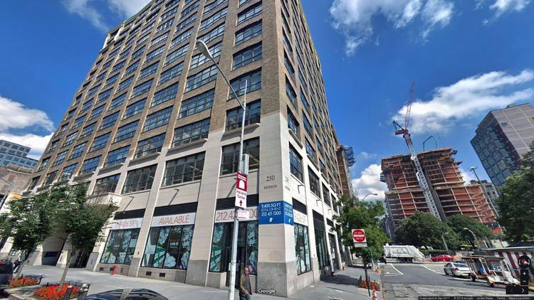 lease office 250 hudson street