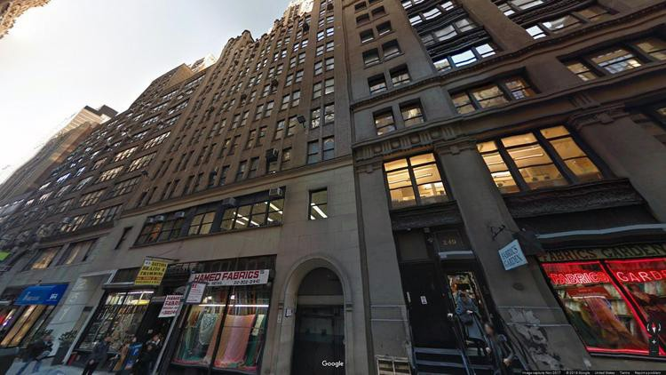 rent office 251 west 39th street