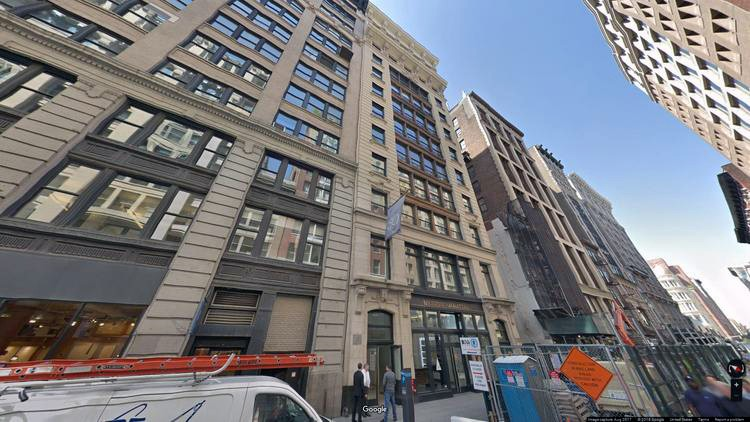 lease office 30 west 21st street