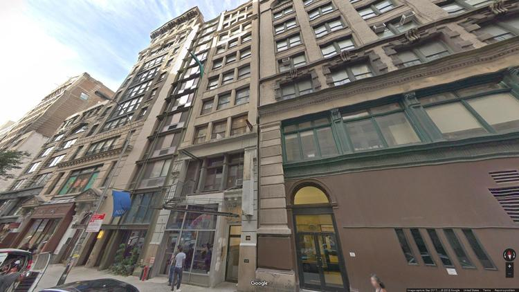 lease office 31 west 17th street