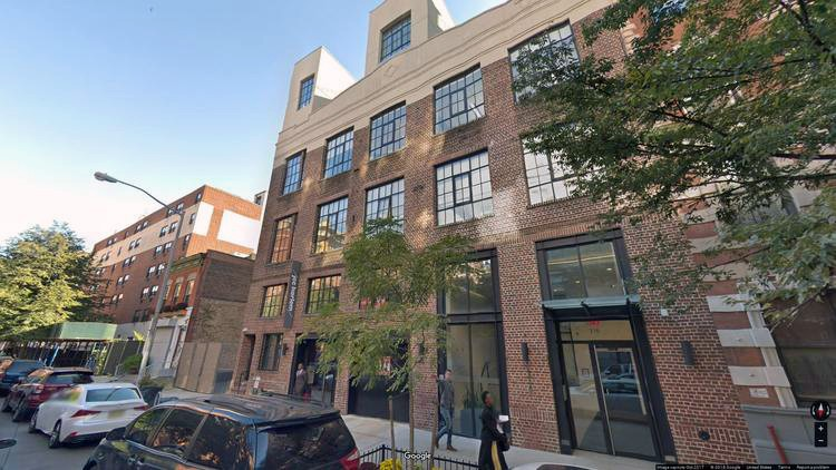 lease office 318 west 118th street