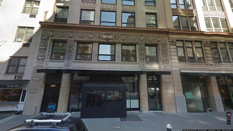 lease office 35 east 21st street