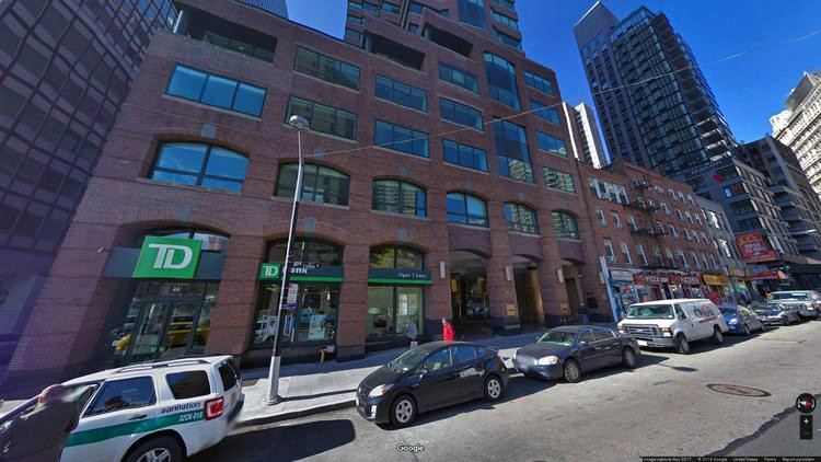lease office 40 fulton street
