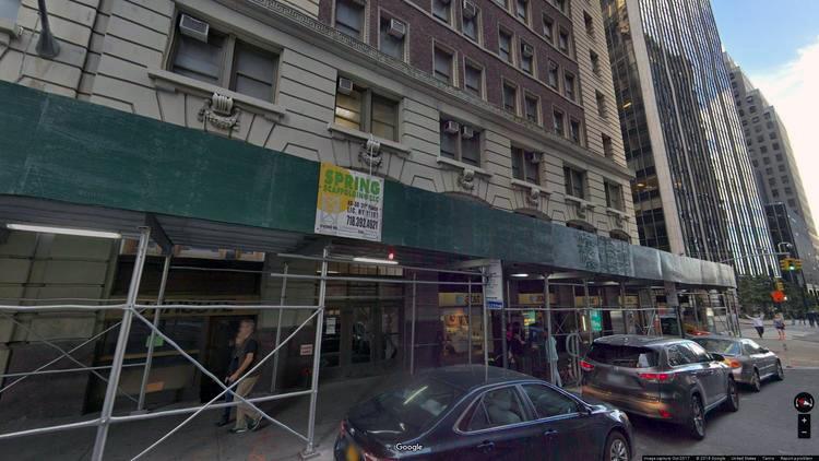 let office 82 wall street